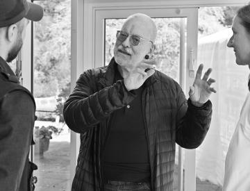 12 Gerd de Vries im Pavillon auf der Freundschaftsinsel