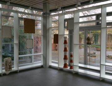 16 Blick auf die Rückseite der Installation