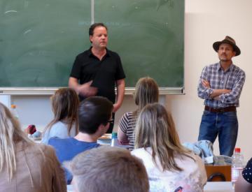 Clegg & Guttmann im Kunstunterricht des Gymnasiums