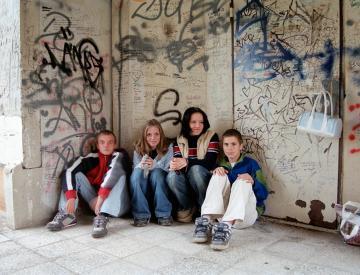 6 Tobias Zielony, Das was euch am Leben hält, ist was bei uns zu Asche zerfiel, 1997 - 2005