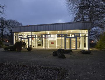 4 Brandenburg-Atlas - Blick auf den Ausstellungspavillon
