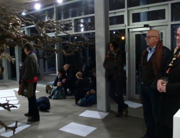 10 Jochen Dehn: Performance auf der Freundschaftsinsel