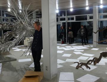 9 Jochen Dehn: Performance auf der Freundschaftsinsel