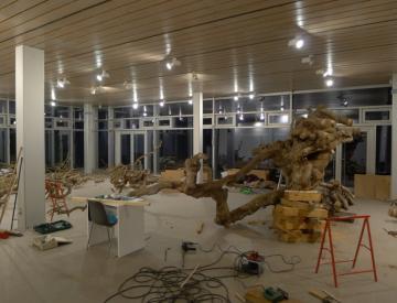 32 Bowling Ball Beach II beim Aufbau